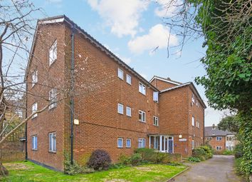 Thumbnail 2 bed flat for sale in Banbury Road, London