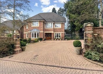 5 bed detached house for sale in Saddlers Close, Arkley, Hertfordshire EN5
