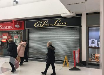 Thumbnail Retail premises to let in Oak Mall Shopping Centre Greenock, Hamilton Gate, Greenock, 1Jw, Scotland