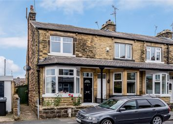 3 Bedrooms  for sale in Unity Grove, Harrogate, North Yorkshire HG1