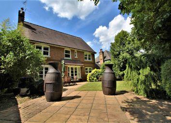 5 bed detached house to rent in Little Moreton Close, West Byfleet KT14