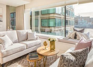 Thumbnail 2 bed flat for sale in Landmark Place, London