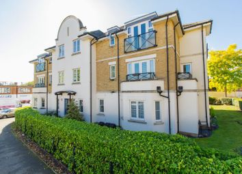 Thumbnail 2 bed flat to rent in Roding Lane, Buckhurst Hill