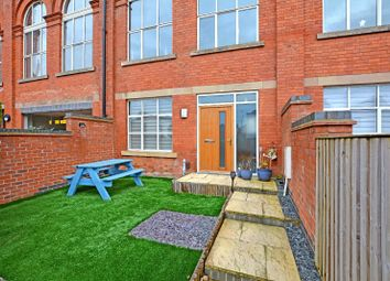 3 bed town house to rent in Wheatsheaf Way, Knighton Fields, Leicester LE2