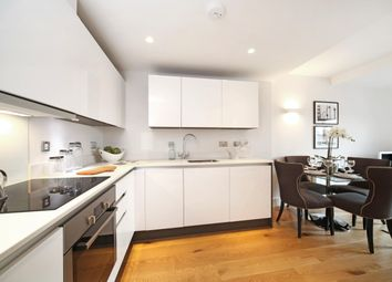 Thumbnail 2 bed flat to rent in Peascod Place, Windsor