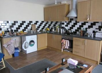 Thumbnail Flat to rent in Voss Street, Bethnal Green