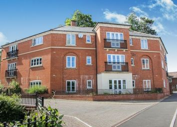 Thumbnail 2 bedroom flat to rent in Marnhull Rise, Winchester