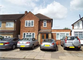 Thumbnail 8 bedroom detached house for sale in Richmond Hill, Luton, Bedfordshire
