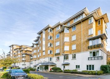 3 bed flat for sale in Strand Drive, Kew, Surrey TW9