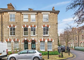 Thumbnail 1 bed flat to rent in Bonnington Square, Vauxhall