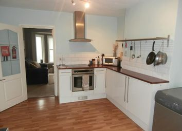 Thumbnail 1 bedroom flat to rent in Vale Farm Road, Woking