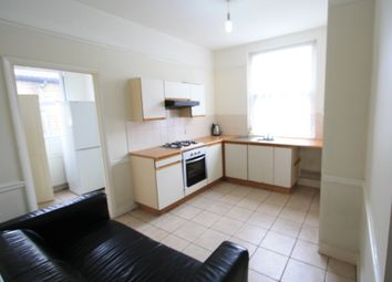 Thumbnail 4 bed flat to rent in Salterford Road, Tooting