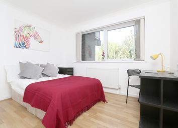 Thumbnail 6 bed terraced house to rent in Capstan Square, London