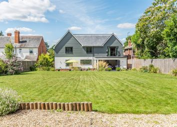 Pinewood Avenue, Crowthorne, Berkshire RG45. 5 bed detached house
