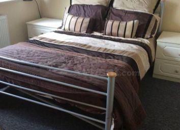 Thumbnail Room to rent in Bardsley Drive, Farnham, Surrey