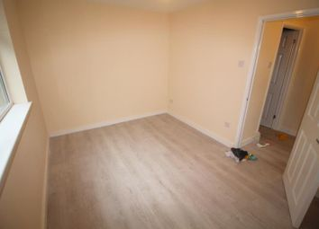 Thumbnail 3 bed flat to rent in Broadway, Roath, Cardiff