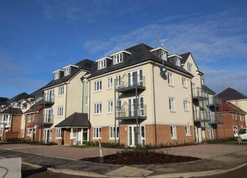 Thumbnail 2 bed flat for sale in Barn Avenue, Aldershot