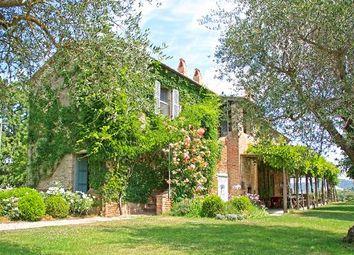 Thumbnail 10 bed country house for sale in Citta' Della Pieve, Città Della Pieve, Perugia, Umbria, Italy