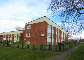 Thumbnail 2 bed flat for sale in Robin Gardens, Waterlooville, Hampshire
