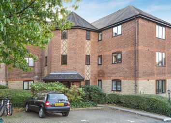 Thumbnail 2 bedroom flat for sale in Millers Rise, St.Albans