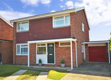 Thumbnail 4 bed detached house for sale in Freemans Close, Billingshurst, West Sussex