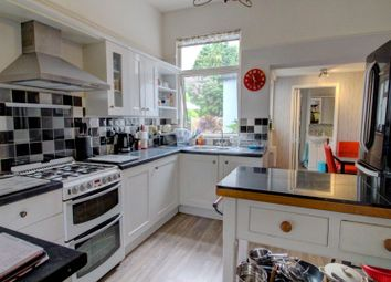 Thumbnail 3 bed flat for sale in St. Lukes Road, Maidenhead