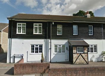 2 bed end terrace house to rent in Copthorne Bank, Copthorne, Crawley RH10
