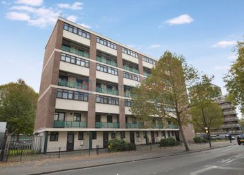 Thumbnail Studio to rent in Rotherhithe New Road, London