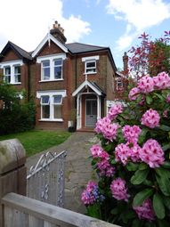 Thumbnail 2 bed flat to rent in Kinghall Road, Beckenham