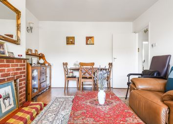 2 bed maisonette for sale in Friern Park, London N12