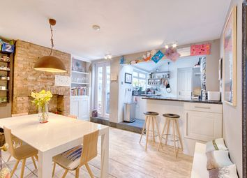 Thumbnail 3 bed cottage for sale in Wellington Street, Hertford