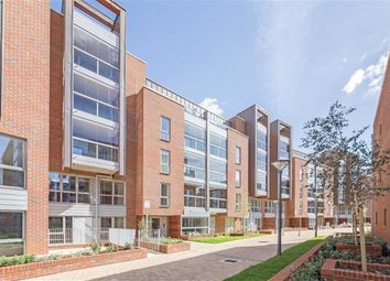 Thumbnail 2 bed flat to rent in Wilkinson Close, London