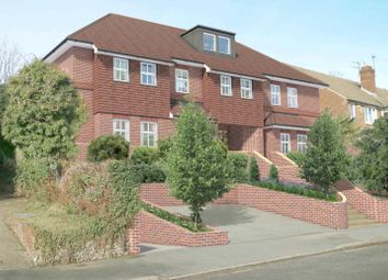South Drive, Coulsdon CR5. 2 bed flat