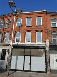 3 bed flat to rent in Rye Lane, London SE15