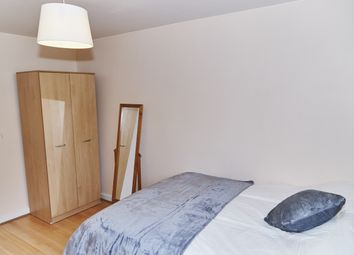 Thumbnail Room to rent in Link Street, Hackney