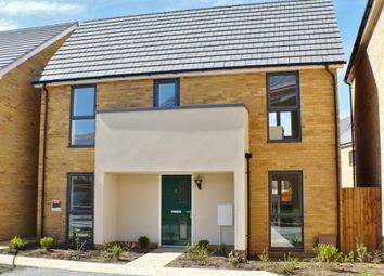 Thumbnail 3 bed detached house to rent in Brinson Way, Aveley, South Ockendon