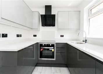 Find 2 Bedroom Properties To Rent In E6 Zoopla - Black-and-white-bedroom-property