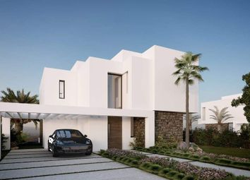 Thumbnail 4 bed villa for sale in New Golden Mile, Malaga, Spain