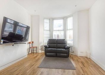 Muschamp Road, London SE15. 2 bed flat for sale