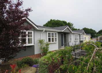 Billingshurst Road, Ashington, Pulborough RH20. 3 bed mobile/park home