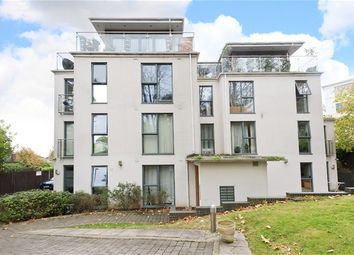 Thumbnail 2 bedroom flat to rent in Taymount Rise, London