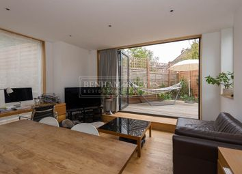 Thumbnail 2 bed flat to rent in Beversbrook Road, Tufnell Park