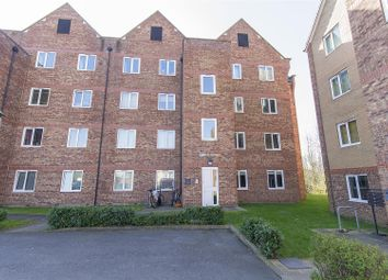 Thumbnail 3 bedroom flat for sale in Tapton Lock Hill, Tapton, Chesterfield