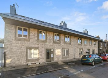 Grosvenor Rise East, Walthamstow, London E17. 2 bed flat for sale
