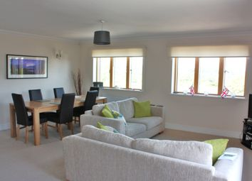 Thumbnail 2 bed flat to rent in Station Approach, Sanderstead Road, Sanderstead, South Croydon