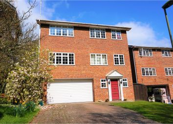 Thumbnail 4 bed detached house for sale in Valley Road, Henley-On-Thames