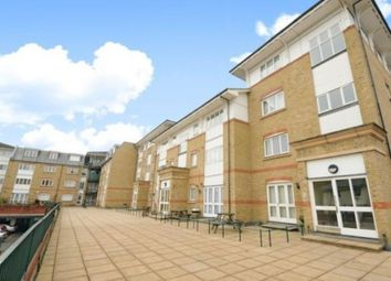 Thumbnail 2 bed flat to rent in Gainsborough Court, Homesdale Road, Bromley