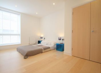 Thumbnail 3 bed flat to rent in Hertford Road, Haggerston