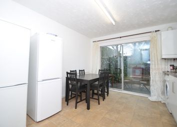 Thumbnail 5 bed town house to rent in Chambord Street, Shoreditch, Bethnal Green, East London, London
