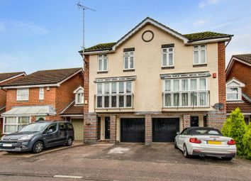 Walker Road, Maidenbower, Crawley RH10. 3 bed town house for sale